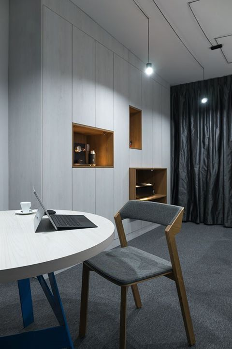 Biuro na Burakowskiej 14 lokal 15 #burakiwska14 #office #furniture #lamps #interiors #chair #modernoffice
