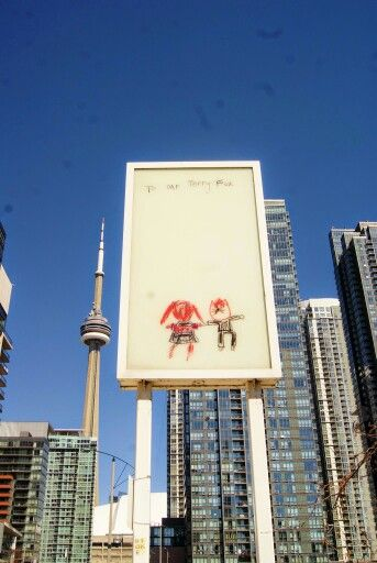 #Canoelanding park downtown #Toronto filled with #DouglasCoupland #art installations!: http://www.thepurplescarf.ca/2015/04/culture-toronto-public-art-canoe-landing-park.html #TerryFox #culture #thepurplescarf #melanieps #ExploreTO #PsCulture #PsExplore