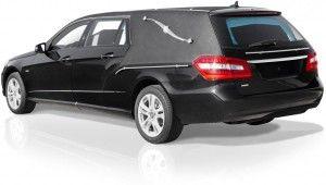 Vehicule funeraire OSIRIS Mercedes Benz VF212. Le corbillard limousine style Américain de haute qualité, accessible et très manIable pour répondre à des services exigeants. bergadana.com France AUTOFUNER autofuner.com