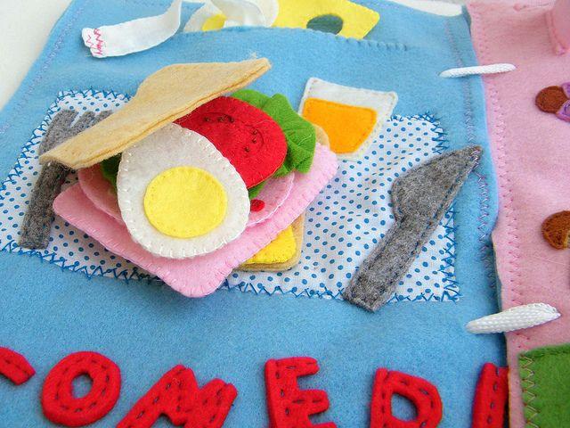 Quiet book page 1 Let´s make a sandwich! super cute, details galore!
