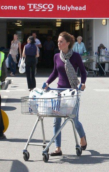 Catherine Duchess of Cambridge at Tesco Supermarket Photo (C) Bauer Griffin Via Zimbio com