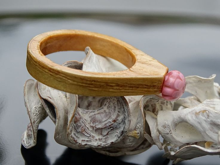 https://flic.kr/p/VPLYQ2 | DSC07380 CR R17117; ;Inel din sticla si lemn unicat; Wooden ring with millefiori, One of a kind wooden ring | millefioriGlassIdeas jewelryglass jewelryWooden ringswoodwooden and glass ringWooden wedding ringsOne of a kind jewelryOne of a kind ringsOne of a kind rings made from wood and glassWood and fused glass ring; Eco friendly wooden ring; Exclusive wood and glass ring; Ring Landscape in Glass wearable on your finger; Glass and wood Ring unique; Genuine wooden…