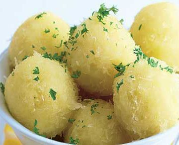 norwegian-food-klubb  Klubb are a Norwegian food recipe for potato dumplings.