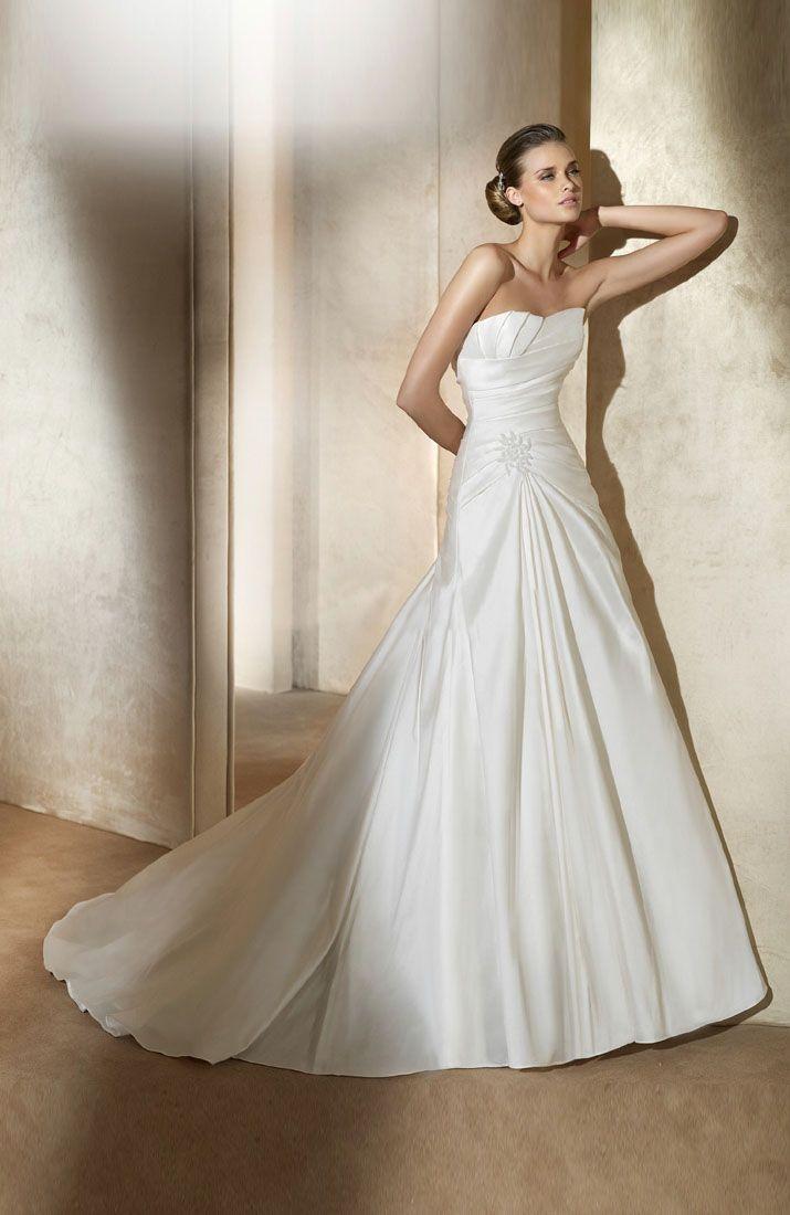 Wedding Dresses For Tall Skinny Brides Wedding Dresses For Guests Check More At Http Svesty Com Satin Wedding Gown Pronovias Wedding Dress Wedding Dresses