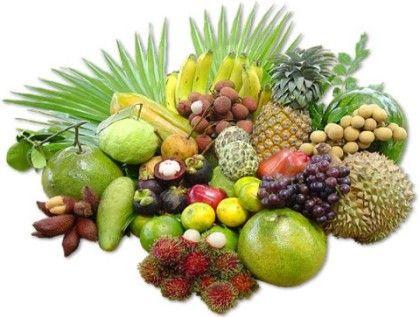Тайские фрукты Страны юго-восточной Азии – это просто рай для любителей тропических фруктов. Драконов фрукт, мангостин, томарилло, дуриан, змеиный фрукт, и множество других экзотических названий здесь перестают удивлять и становятся нормой жизни. Цены везде разные, зависят от сезонности, сорта и умения торговаться.