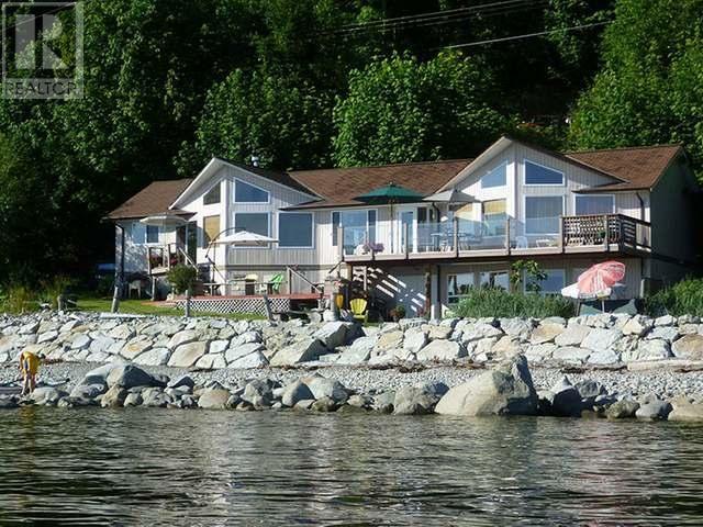 homes for sale - 3245 Atrevida Road, Powell River | Aaron Mazurek, Powell River REALTOR ®