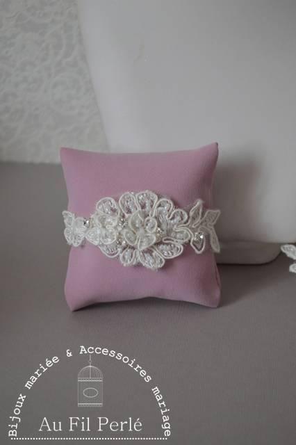 Bracelet mariée dentelle ivoire brodée de strass AFPB142