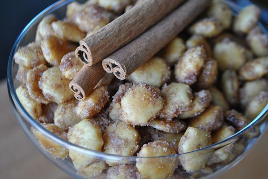 Cinnamon Sugar Oyster Crackers - Coat oyster crackers with melted butter, toss in cinnamon and sugar and bake for 30 minutes!