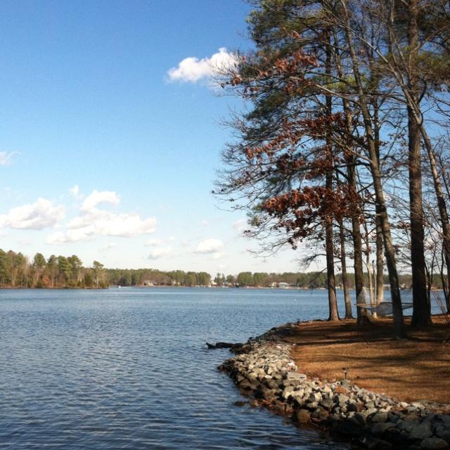 How Big Is Lake Gaston