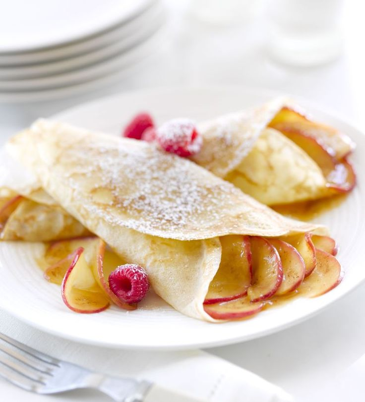 Classic Crepes Suzette with Grand Marnier Syrup Recipe