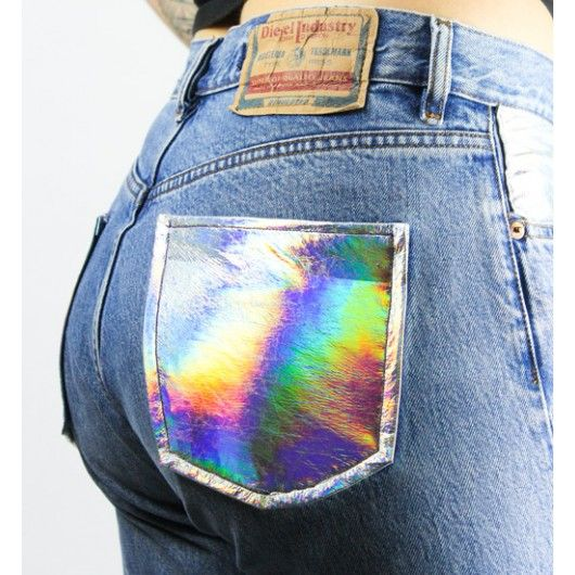 RENEWED Vintage Diesel Jeans with holographic pockets available at the shop ♥ #holographic #renewedvintage #vintage #dieselpants #boyfriendpants #cyber #holo