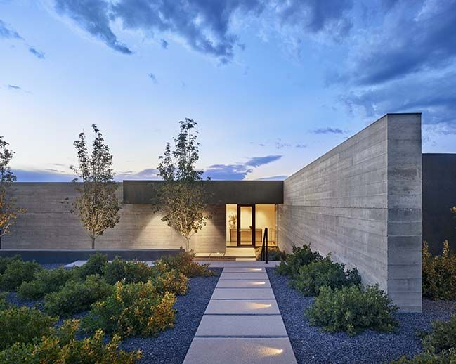 Sundial House In New Mexico By Specht Architects Sundial Minimalist Landscape Architect