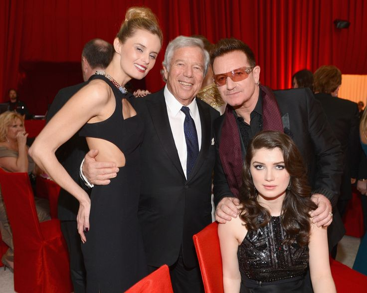Actress Ricki Noel Lander, Chairman and CEO of The Kraft Group Robert Kraft, singer Bono of U2 and actress Eve Hewson attend the 21st Annual Elton John AIDS Foundation Academy Awards Viewing Party at Pacific Design Center on February 24, 2013 in West Hollywood, California. (source: Dimitrios Kambouris/Getty Images North America) #u2newsactualite #u2newsactualitepinterest #u2 #paulhewson #music #rock   www.zimbio.com/photos/Bono/21st+Annual+Elton+John+AIDS+Foundation+Academy/1HJLgNYJt1t