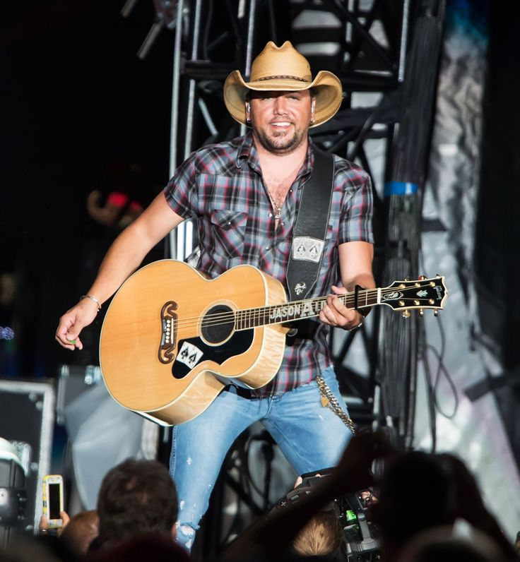 Jason Aldean Is Top Male Country Artist of the Digital Age