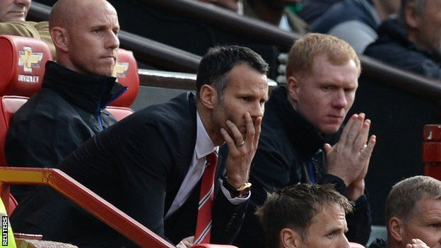 Ryan Giggs: Man Utd manager enjoys Old Trafford welcome - Article From BBC Website - http://footballfeeder.co.uk/news/ryan-giggs-man-utd-manager-enjoys-old-trafford-welcome-article-from-bbc-website/