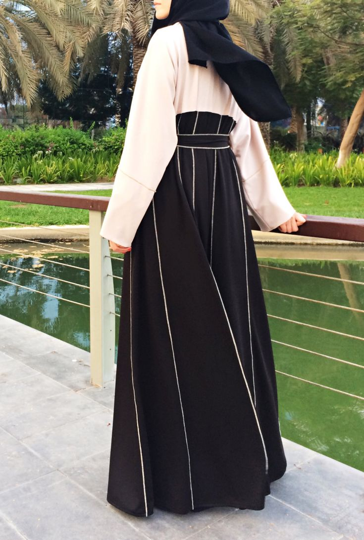 Hemming Stitch Abaya with Panels - Black and Beige by LanaLik on Etsy