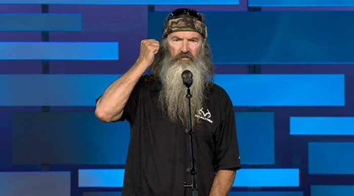 GLAAD Calls on A&E to End 'Duck Dynasty' After Phil Robertson Calls Homosexuality a Sin