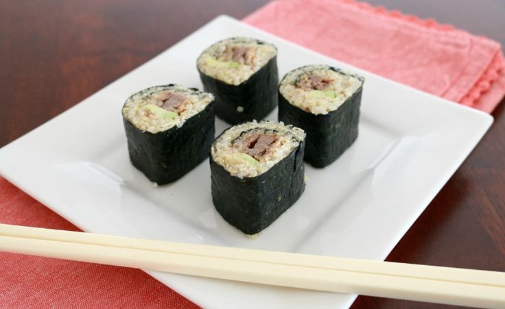 Change things up a little with these healthy Quinoa Sushi rolls!