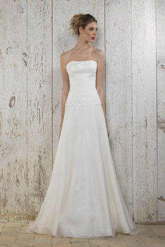 Trouvez la robe de mariée adaptée à votre silhouette sur mariee - Mariee.fr