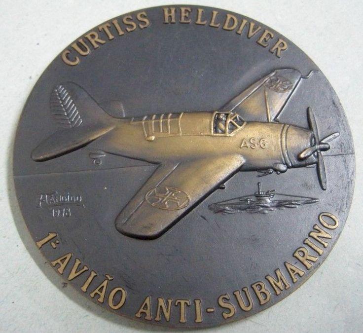 Curtiss SB2C Helldiver, primer Avión Antisubmarino de Portugal