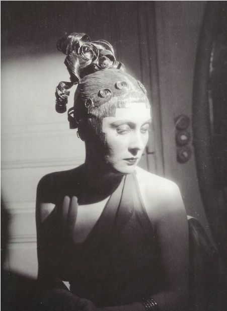 Boris Lipnitzky: Arletty Performing in Jacques Richepin's Xantho chez les courtisanes, Paris, c.1932.