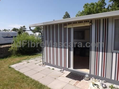 Hundecamping Fehmarn Petersdorf auf Fehmarn Offering a sauna and water sports facilities, Hundecamping Fehmarn is situated in Petersdorf auf Fehmarn. St-Johannis-Kirche is 3.4 km from the property. Free private parking is available on site. All units feature a seating area.