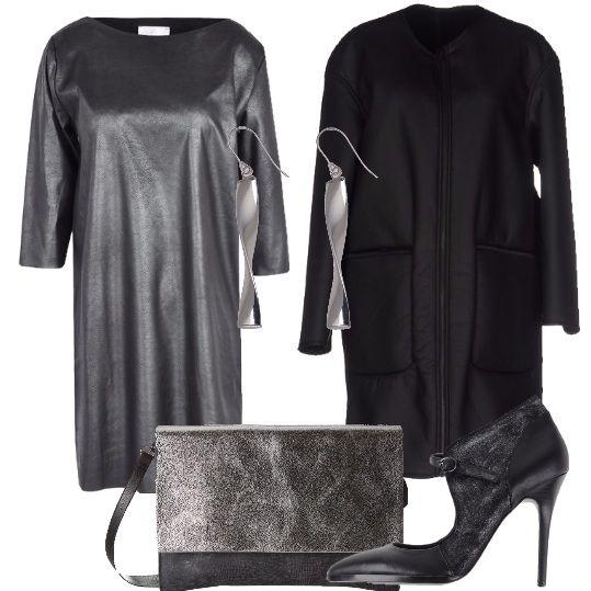 Un look da sera, che ti faccia sentire te stessa, moderna, ma con eleganza e ricercatezza: abito in similpelle, con collo tondo e maniche a 3/4, cappotto in similpelle, con collo tondo, nero, scarpe, in pelle, ad effetto laminato, con cinturino alla caviglia, punta stretta, tacco a stiletto, borsa a tracolla color nero e argento e orecchini pendenti in oro bianco che andrebbero maggiormente valorizzati grazie ad un'acconciatura con i capelli raccolti.