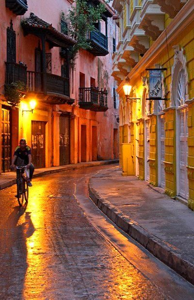 Amazing #Cartagena - http://www.travelandtransitions.com/destinations/destination-advice/north-america/ #travel