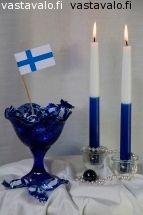 Kuva: Itsenäisyyspäivä - itsenäisyys liputuspäivä juhlapäivä juhla Suomen lippu paperilippu - Kuvatoimisto - Photostock Vastavalo.fi