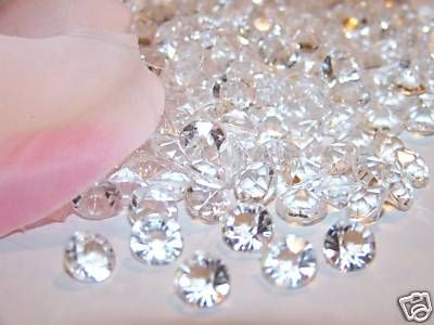Edible Sugar Diamonds to bling out your cake creations.