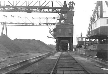 Erieau, Ont. dock; Lake Erie Navigation & Coal Co; 1960 J Shoemaker by C 8401, via Flickr