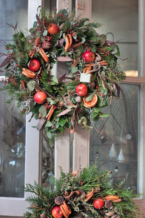 Zita Elze's flower shop in Kew, England - Christmas 2013 - Wreaths