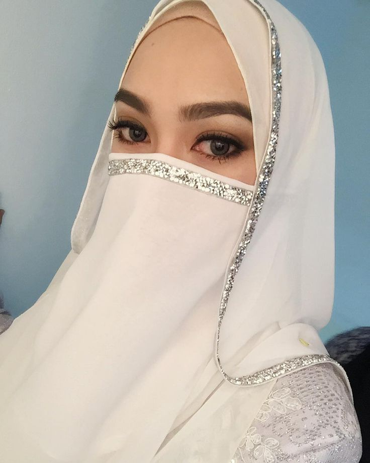 """371 Likes, 14 Comments - 💎لبينة ألفة.Lubainah Ulfah💎 (@lulululla) on Instagram: """"all this makeup is for photoshoot purpose. be nais ya.. ☺️ photoshoot for muslimah wedding dress..…"""""""