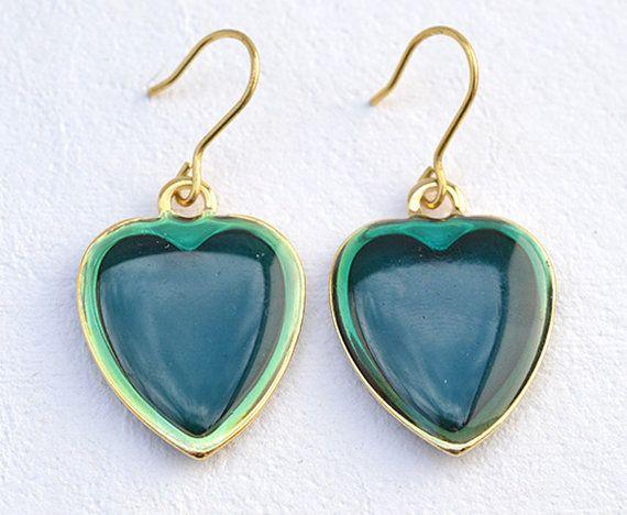 Ilaria  Italian Vintage Jewelry Resin Emerald di SmeraldaVintage