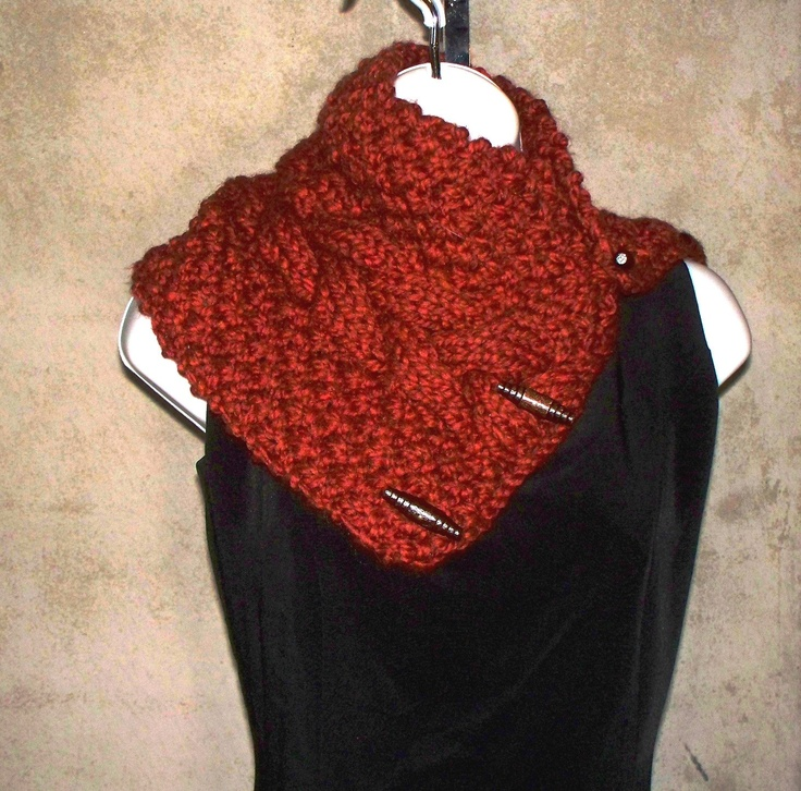 Hand Knitting Patterns For Women : Chunky platted cable button cowl pdf knitting pattern