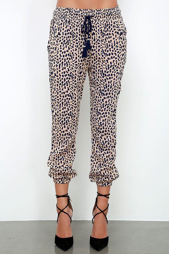 Amuse Society Cheyanne Beige Cheetah Print Pants at Lulus.com!