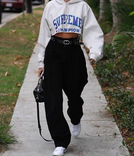 Street Style | streetwear | lässiges Outfit | geerntetes Sweatshirt | geernteter Hoodie | Mode | style # 3 #new #pinterest #love # like4like