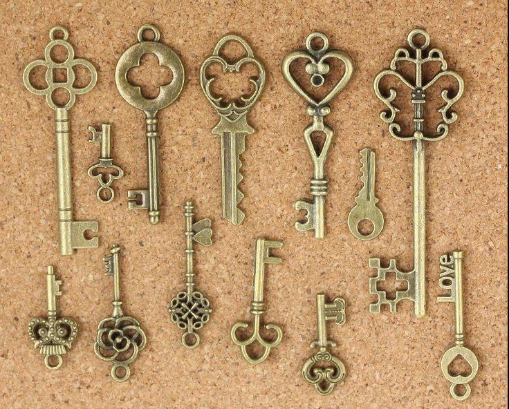 Steampunk DIY 39pcs keys Antique bronze Metal Jewelry Findings