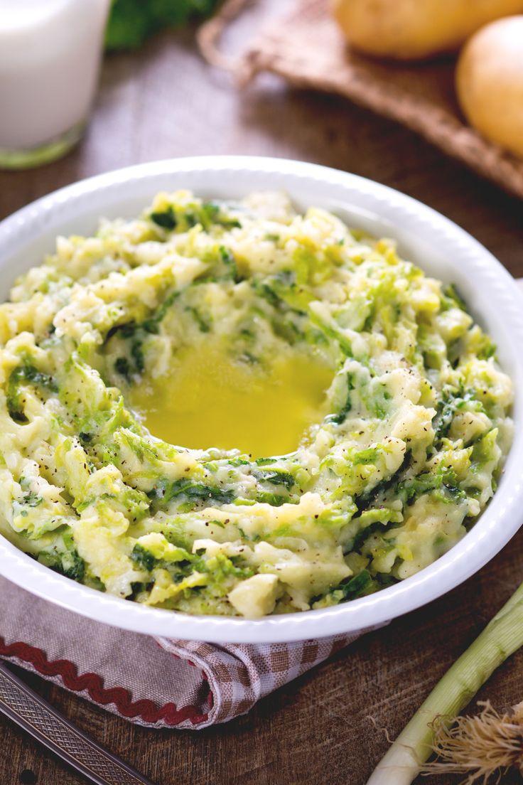 Colcannon: una ricetta tipica irlandese, che si prepara come un purè arricchito con un ingrediente speciale. Perfetto per la festa di San Patrizio!  [irish colcannon smashed potato _ St Patrick's Day]