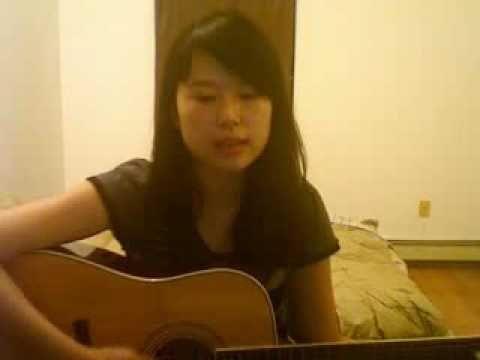Вьетнамка поет шансон Розенбаума - Гоп-Стоп!!! Смотреть всем!!!!