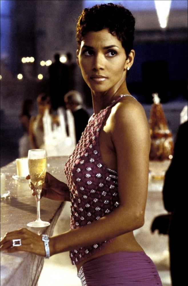 Jinx - Halle Berry - James Bond 007 - Die Another Day 2002