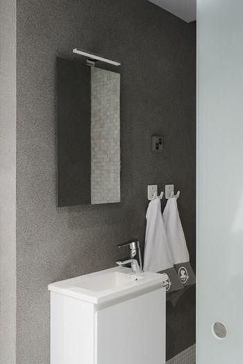 Dramaqueen-kohteen kylpyhuone Tunto Kivipinnoitteella