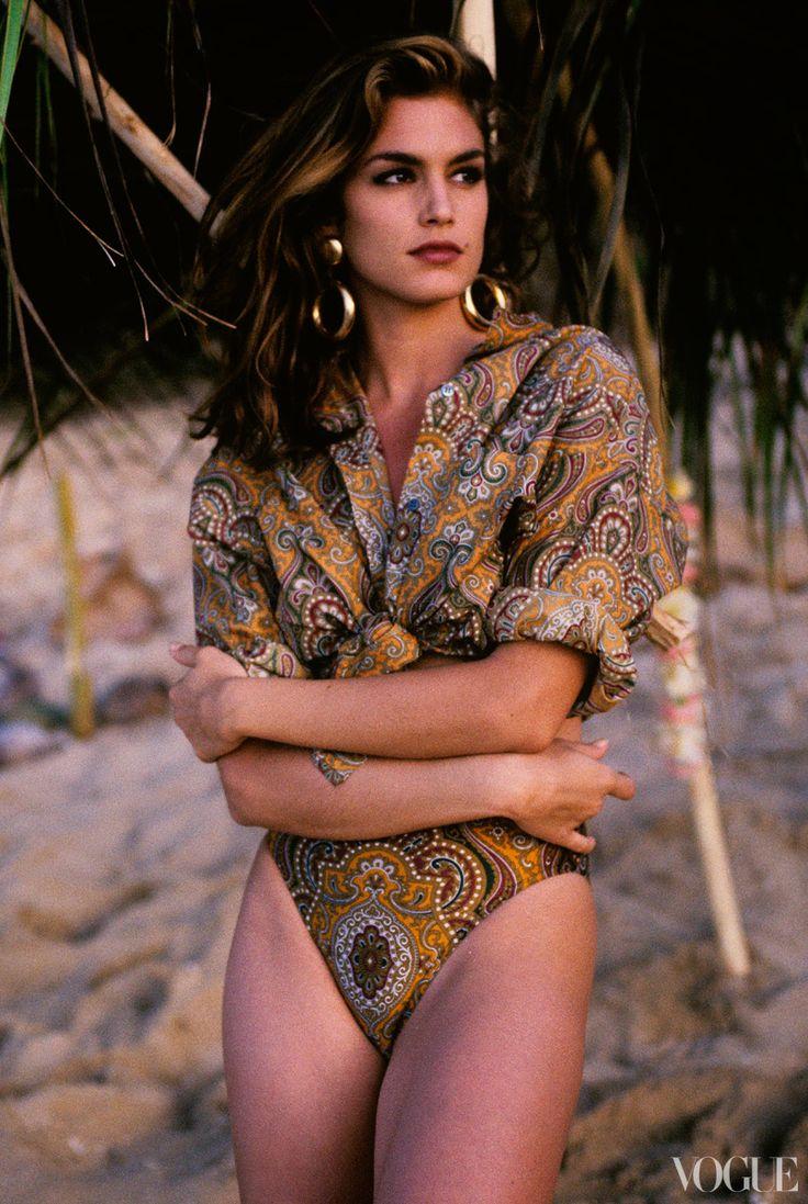 1990s favorite supermodel #CindyCrawford for Vogue in 1991