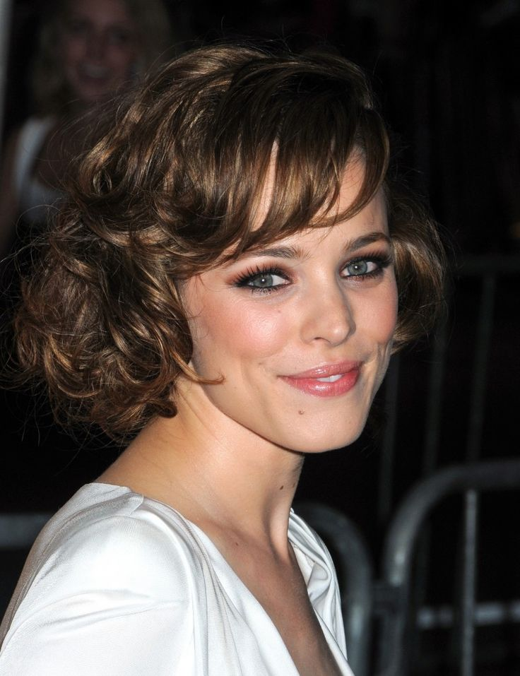 Rachel McAdams short sweet hairstyle | All natural curly ...