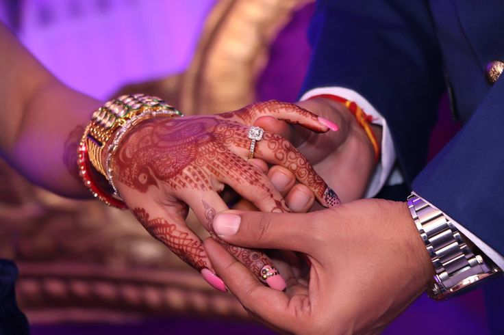 💍Photo by Jattin Singh Photography, Delhi #weddingnet #wedding #india #indian #indianwedding #ceremony #indianweddingoutfits #outfits #backdrops #prewedding #photographer #photography #inspiration #gorgeous #fabulous #beautiful #jewellery #jewels #details #traditions #accessories  #weddingring #ring #gold #diamond