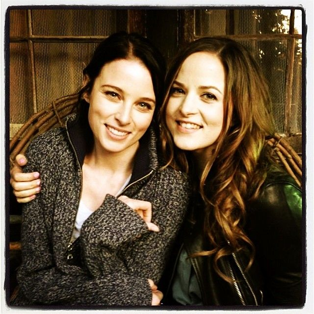 """Besties"" Rachel Nichols & Quinn Archer during music video shoot for Dark Places (Kickstarter campaign with tons of Continuum pledge perks) (via ticklenichols on Instagram)"