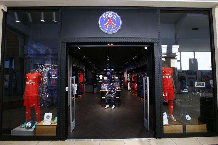 New Paris Saint-Germain store in Achères's Mall !