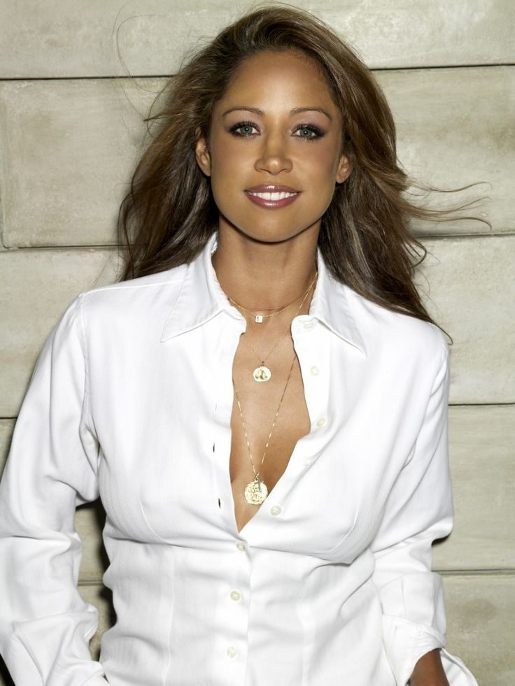 Stacey Dash Hairstyle.