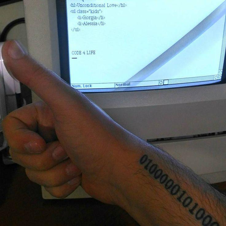 Today vintage programming ahahahah  #cprogramming #coding #codinglife #engineer #computerengineering #computerscience #programming #programmer #c #java #learn #lol #funny #microsoft #legendthis #worldofprogrammers #csharp #mac #code #visualstudio #vb #programmers #asp #php #eatsleepcoderepeat #javascript #macintosh #macintoshclassic #tattoo
