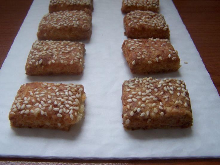farkaselet: Gluténmentes sajtos - sós, omlós keksz